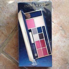 Estee Lauder travel exclusive expert color palette Estee Lauder travel exclusive expert color palette. Palette  includes mascara, lipstick, eyeshadow, powder, blush and makeup brushes. Everything you need in your make makeup bag. NWT Estee Lauder Makeup