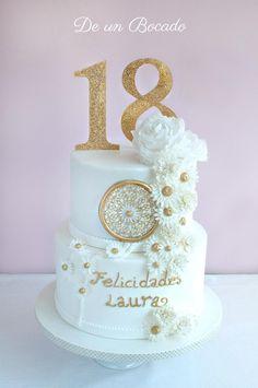 Tarta hippy 18 cumpleaños /white hippie cake Hippie Cake, Hippie Party, 18th Birthday Party, Birthdays, Baby Shower, Desserts, Food, 18th Birthday Cake, Birthday Cakes