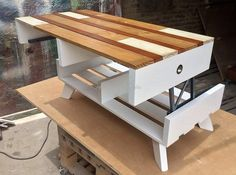 A person who has little wood crafting skills and has all the crafting tools in his home can easily craft this repurposed wood pallets top up table craft for his lounge, for his bedroom as well as to place this top up table in his kid's bedroom. Use your God gifted skills and renovate your …