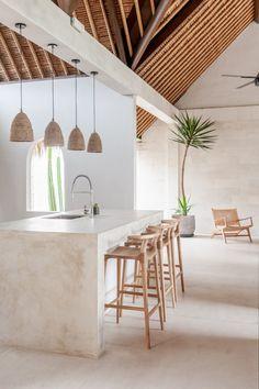 Bali Bungalow - Dreaming is easy   Bali Interiors Kitchen Interior, Home Interior Design, Interior And Exterior, Kitchen Decor, Interior Decorating, Modern Home Interior, Australian Interior Design, Interior Design Inspiration, Ibiza Style Interior