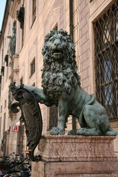 Munich picture: Lion statue in the Residenzstrasse Sleeping Beauty Castle, Dreams Do Come True, Munich Germany, Grand Tour, Stone Carving, Bavaria, Sculpture Art, Statues, Austria
