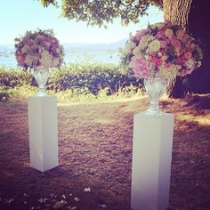 awesome vancouver florist #ceremony #arrangements from Saturday's #wedding. #pink #white #cream #flowers #roses #sprayroses #lisianthus #hydrangea #dustymiller #kochia #berzillia #queenanneslace #crystal vases by @aotpvancouver #fiorirevancouver #vancouver #floristlife  #vancouverflorist #vancouverwedding #vancouverflorist #vancouverwedding #vancouverweddingdosanddonts