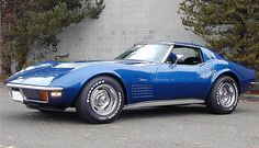 1972 Stingray... put some T-Tops on this AMAZING piece of machinery and that is my ULTIMATE DREAM CAR!!! <3 Ahhhhhhhh