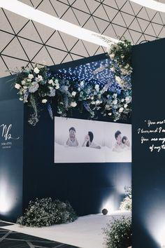 Wedding Reception Themes, Wedding Entrance, Wedding Stage Decorations, Backdrop Decorations, Backdrops, Reception Entrance, Wedding Backdrop Design, Wedding Ceremony Backdrop, Indoor Wedding