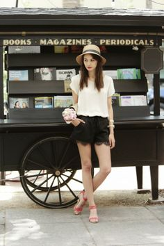 Love the simplicity in the color palette and the touch of color in the lips and shoes! - Parisian Fashion