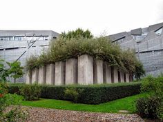 Garden of Exile (Jewish Museum, Berlin) unruly growth out of concrete grid