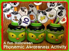 FREE 2-, 3- and 4- phoneme pics to work on phoneme segmentatin with a Halloween twist!