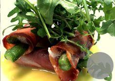 Wigi's Kichen Malta, Hamburger, Stuffed Peppers, Vegetables, Ethnic Recipes, Kitchen, Ideas, Food, Malt Beer
