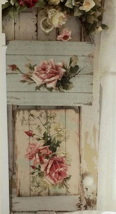 nice shabby chic idea made with pallet (decoupage) nice shabby chic idea made with pallet (decoupage) - Mobilier de Salon Shabby Chic Crafts, Shabby Chic Interiors, Shabby Chic Living Room, Shabby Chic Bedrooms, Shabby Chic Cottage, Vintage Shabby Chic, Shabby Chic Style, Shabby Chic Homes, Shabby Chic Furniture