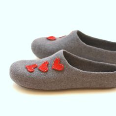 Women house shoes  felted wool slippers  Wedding gift by AgnesFelt, $65.00