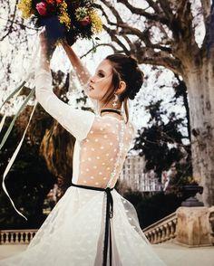Romance meets grunge via @voguespain featuring Marta Martí Atelier .⠀ .⠀ .⠀ .⠀ .⠀ . #weddingdress #weddingphotography #bride #bridetobe #bohemianbride #bohobride #rose #flower #weddinginspiration #model #bridal #bridaldress #gown #fashion #weddingplanning #style⠀ http://gelinshop.com/ipost/1524540190675371621/?code=BUoQTnfAwZl