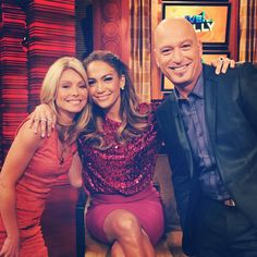 Jennifer Lopez on Live with Kelly w/ co-host Howie Mandel. Fun interview.. She showed pictures from her theme party!