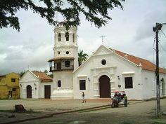 Iglesia de Santa Bárbara en Mompox Colombia.