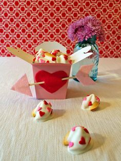 Valentine's Day Kids' Craft: White-Chocolate-Dipped Fortune Cookies - on HGTV