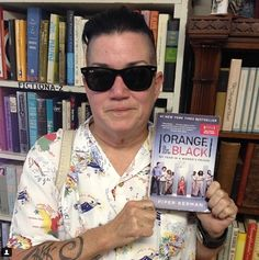 Orange Is The New Black Actress Lea Delaria's Wedding Will Be Officiated By Sandra Bernhard - #celebrities #fight #love #cause #gay #lgbt #news #events #orange #is #the #new #black #actress #lea #delaria #wedding #sandra #bernhard #date #chelsea #fairless #spot #dinner #mexican