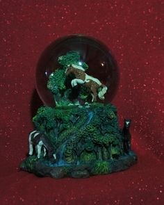 Snow Globe Musical Horses... a must see!