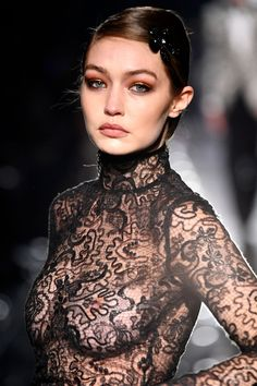 Gigi Hadid Sexy Boobs and Nipples in See-Through Dress at Tom Ford Fashion Show in Hollywood Gigi Hadid Walk, Bella Gigi Hadid, See Through Dress, Sports Illustrated, In Hollywood, Hollywood California, Sexy Hot Girls, Mannequins, Celebrity Pictures