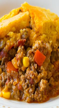 I make a similar one-but use rotel and top with jiffy cornbread mix<br> Cornbread Tamale Pie Recipe, Recipe Using Cornbread, Mexican Cornbread Casserole, Jiffy Cornbread Recipes, Cornbread Mix, Casserole Recipes, Tamale Recipe, Jiffy Recipes, Beef Recipes