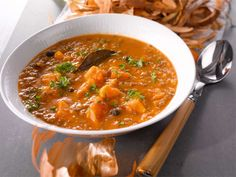 Linssi-jauhelihakeitto Curry, Cooking Recipes, Ethnic Recipes, Soups, Food, Curries, Chef Recipes, Essen, Soup