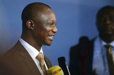 DPA11 COSTA DO SAUÍPE (BRASIL), 06/12/2013.- El seleccionador de Ghana, James Kwesi Appiah se dirige a los medios de comunicación hoy, viern...