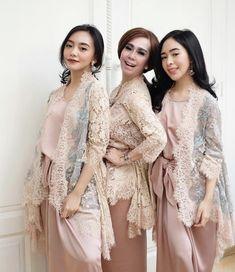 Kebaya Lace, Kebaya Hijab, Kebaya Brokat, Kebaya Dress, Batik Kebaya, Dress Pesta, Batik Dress, Dress Brukat, Hijab Dress Party