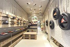 Recycle- store - interior design
