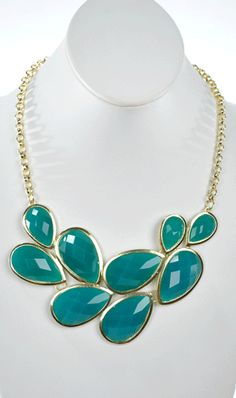 Peacock Tail Necklace in Teal