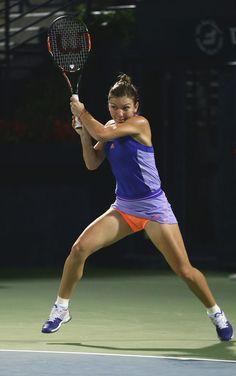 Simona Halep Photos: WTA Dubai Duty Free Tennis Championship: Day 5