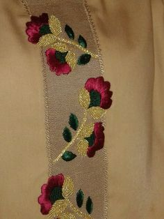 Awesome Most Popular Embroidery Patterns Ideas. Most Popular Embroidery Patterns Ideas. Embroidery Suits Punjabi, Zardozi Embroidery, Embroidery On Kurtis, Kurti Embroidery Design, Bead Embroidery Patterns, Hand Work Embroidery, Hand Embroidery Designs, Embroidery Dress, Floral Embroidery
