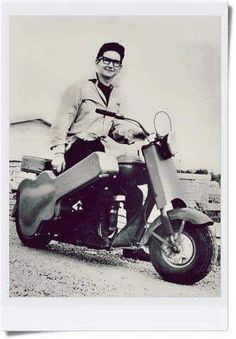 Roy Orbison, Vespa, Vintage Art, Motorcycle, Vehicles, Fun, Wasp, Hornet, Biking