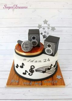 Microphone and speakers cake