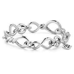 David Yurman Continuance Medium Chain Bracelet ($595) ❤ liked on Polyvore featuring jewelry, bracelets, chains jewelry, sterling silver bangles, david yurman bangle, david yurman and sterling silver jewelry