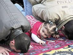 Sweet Muslim Baby Girl *Peace between millions of Muslims, Christians, Buddhists - we are being manipulated against one another slow wars by The United States of Israel * Precious Children, Beautiful Children, Alhamdulillah, Sunnah Prayers, Reading Al Quran, Baby Hijab, How To Pray Effectively, Islamic Prayer, Islamic Quotes