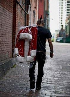 yeees!! A perfect Santa.....