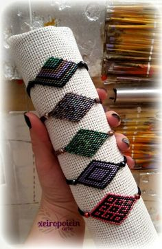 miyuki bracelets  Βραχιόλια με γνήσιες χάντρες miyuki Napkin Rings, Friendship Bracelets, Macrame, Jewerly, Decor, Jewlery, Decoration, Bijoux, Schmuck