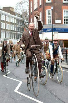 Tweed Ride!