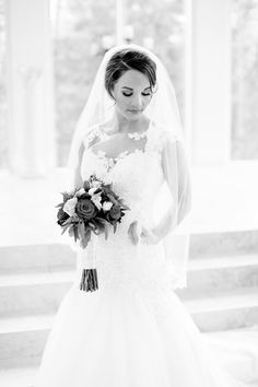 Dallas wedding photographer, Mary Fields Photography, black and white indoor bridal portrait pictures, lace sweetheart neckline wedding dress, waist length lace trim wedding veil