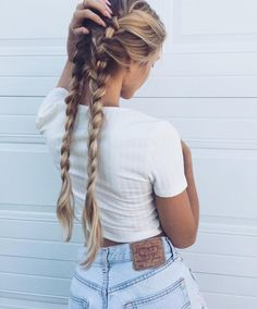 54 Cute and Easy Long Hairstyles for School for Fall and Winter - Hairstyle ? ♥ ♥♥ ♥♥ 54 Cute and Easy Long Hairstyles for School for Fall and Winter - Hairstyle ? Braided Hairstyles, Cool Hairstyles, Holiday Hairstyles, Easy School Hairstyles, Glamorous Hairstyles, Festival Hairstyles, Wedding Hairstyles, Latest Hairstyles, Hairstyles Haircuts