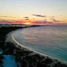 The BEST view.  Nassau, Paradise Island  Photo by @thomasnguyencom