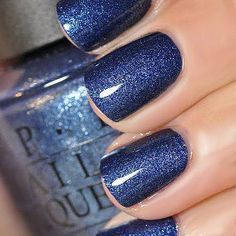 OPI's Russian Navy Suede is looking gorgeous! Although I am partial myself to that Peacock shade of blue!