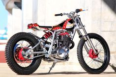 Yamaha SR400 Street Tracker - CANDY motorcycles #motorcycles #streettracker #motos   caferacerpasion.com