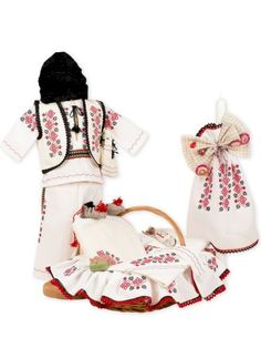 Trusou botez personalizat complet si Hainute botez in frumosul stil #traditional romanesc Projects To Try, Costume, Children, Young Children, Boys, Kids, Costumes, Fancy Dress, Child
