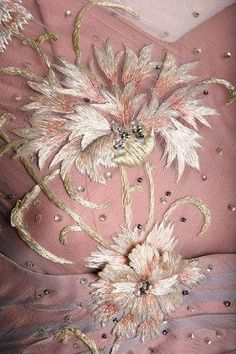 Details of a dress designed by Helen Rose for Grace Kelly in High Society Rose would design the actress' wedding dress. Couture Embroidery, Ribbon Embroidery, Beaded Embroidery, Embroidery Designs, Floral Embroidery, Helen Rose, Mode Rose, Art Du Fil, Textiles