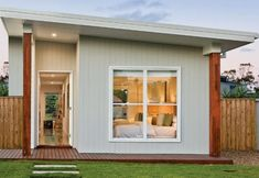 59 9 Bay Cottage 645 sq feet or 59 9 2 Bedroom 2 bed granny flat Concept House Plans Modern Tiny House, Modern House Plans, Small House Plans, House Floor Plans, Mother In Law Cottage, Flat House Design, Flat Design, Granny Flat Plans, House Plans For Sale