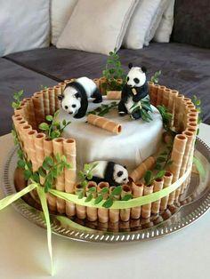 Panda cake with waffer sticks as bamboo, genius cake decorating design to inspire - Sweet Dreams And A Sip Of Coffee!☕️ - Panda cake with waffer sticks as bamboo, genius cake decorating design to inspire - Sweet Dreams And A Sip Of Coffee! Pretty Cakes, Cute Cakes, Beautiful Cakes, Amazing Cakes, Cake Decorating Designs, Creative Cake Decorating, Creative Cakes, Cake Designs, Decorating Tips