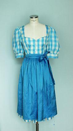 Vintage Dirndl Dirndlkleid Kleid aus Seide Seide Dirndl Fabulous Dresses, Silk Dress, White Cotton, Cotton Fabric, Colours, Pure Products, Summer Dresses, Fashion, Oktoberfest