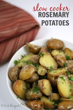 These Slow Cooker Rosemary Potatoes are easy side dish that cooks itself. It's one of the best crock pot recipes!
