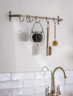 Keep all those important utensils, tools and accessories close to hand with the Brompton Hook Rail. Crafted from Steel with an Antique Brass finish, it comes with six moveable hooks. Use wherever extra storage is needed, from utensils in the kitch... Hanging Racks, Wall Racks, Wooden Ladle, Johnson Tiles, Tidy Kitchen, Kitchen Ideas, Kitchen Sink, Kitchen Roll Holder