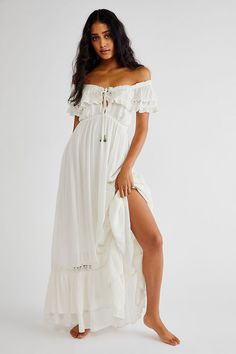 Small Waist, Pregnancy Photos, Maternity Photos, Summer Colors, Summer Collection, Lace Detail, Moonlight, Off The Shoulder, White Dress