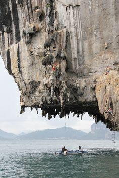 Deep water soloing in Thailand